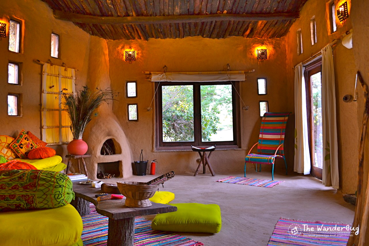 My cosy mud hut with afireplace, such vibrant accents, and stunning views!