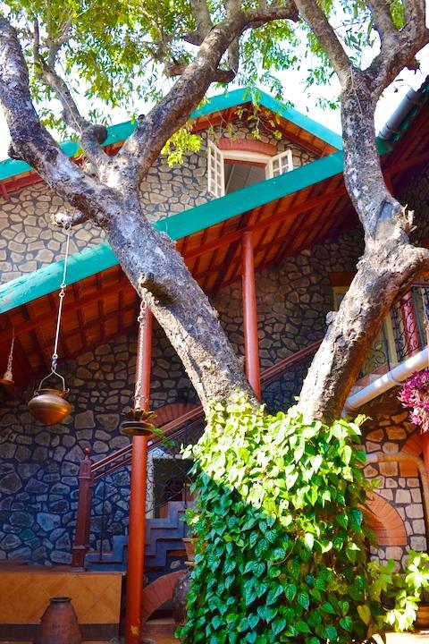 weekend bungalow in lonavala