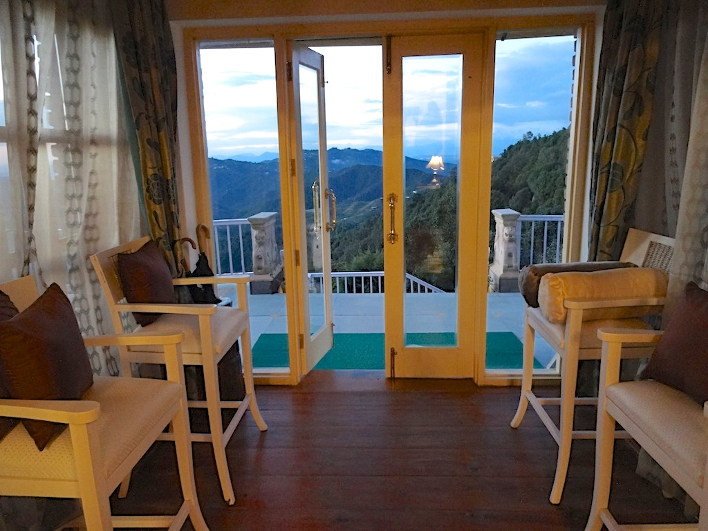 luxury hotels in kumaon