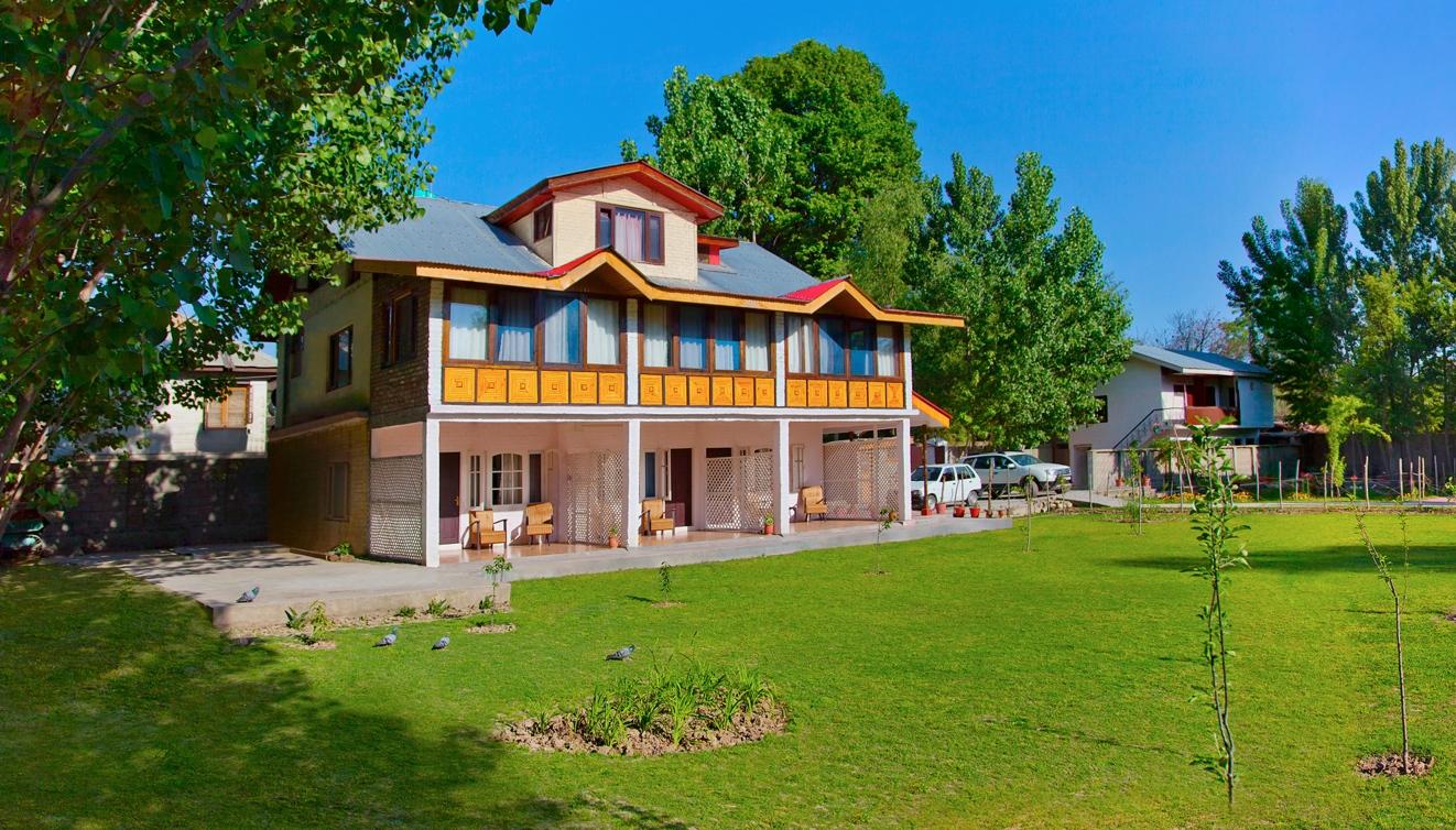 luxury homestay in srinagar
