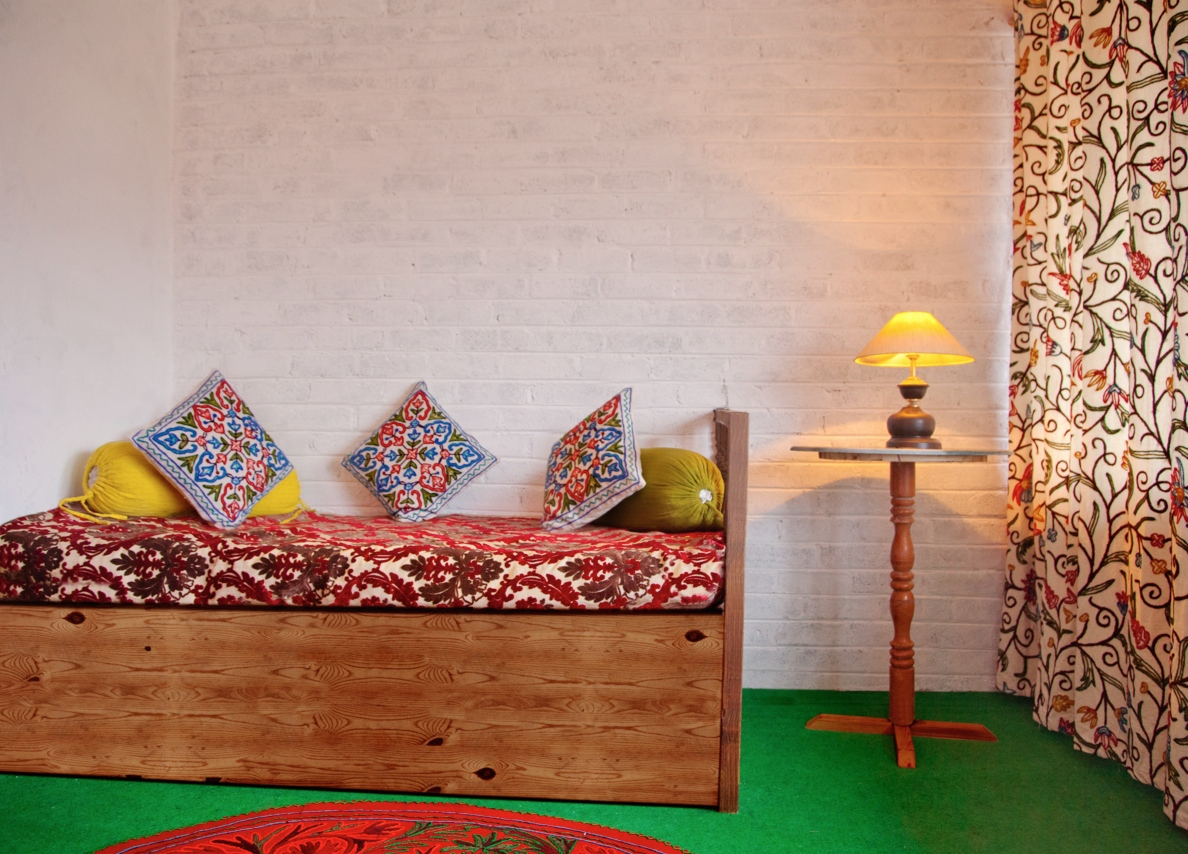 luxury homestay in srinagar