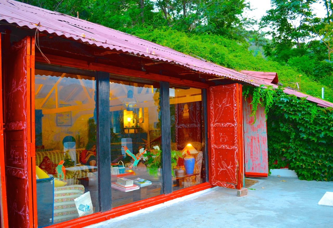 bhuvans cottage jeolikote