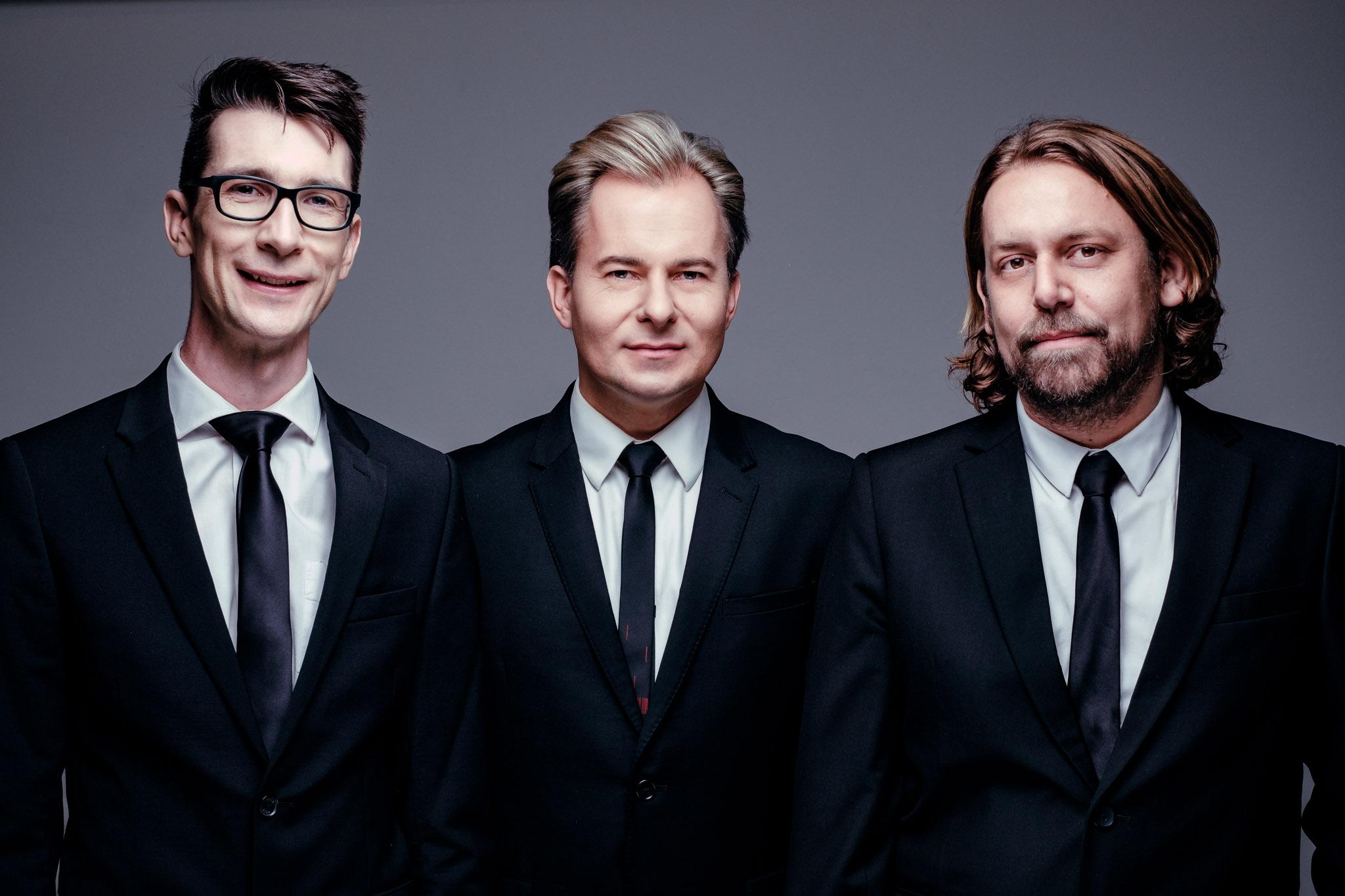 Charl du Plessis Trio III, 2018