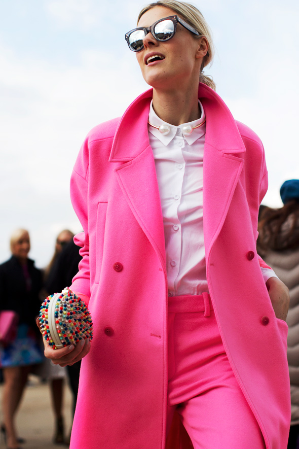 Professional street style photography at the Viktor & Rolf show 2014