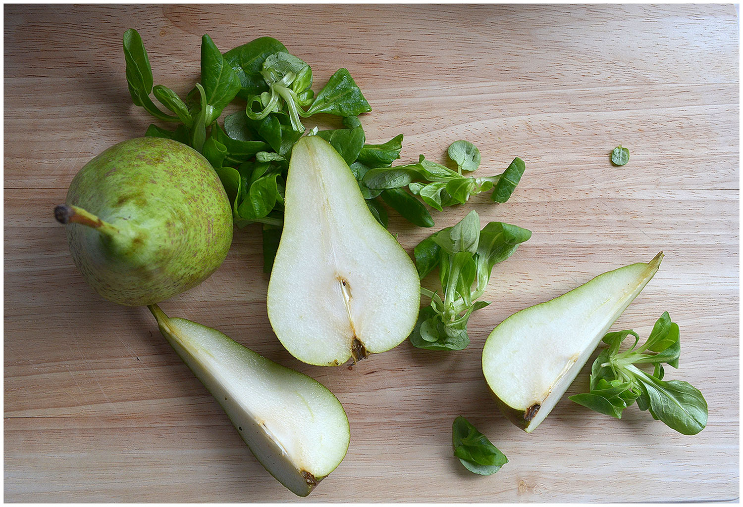 Green pears and lambs lettuce.jpg