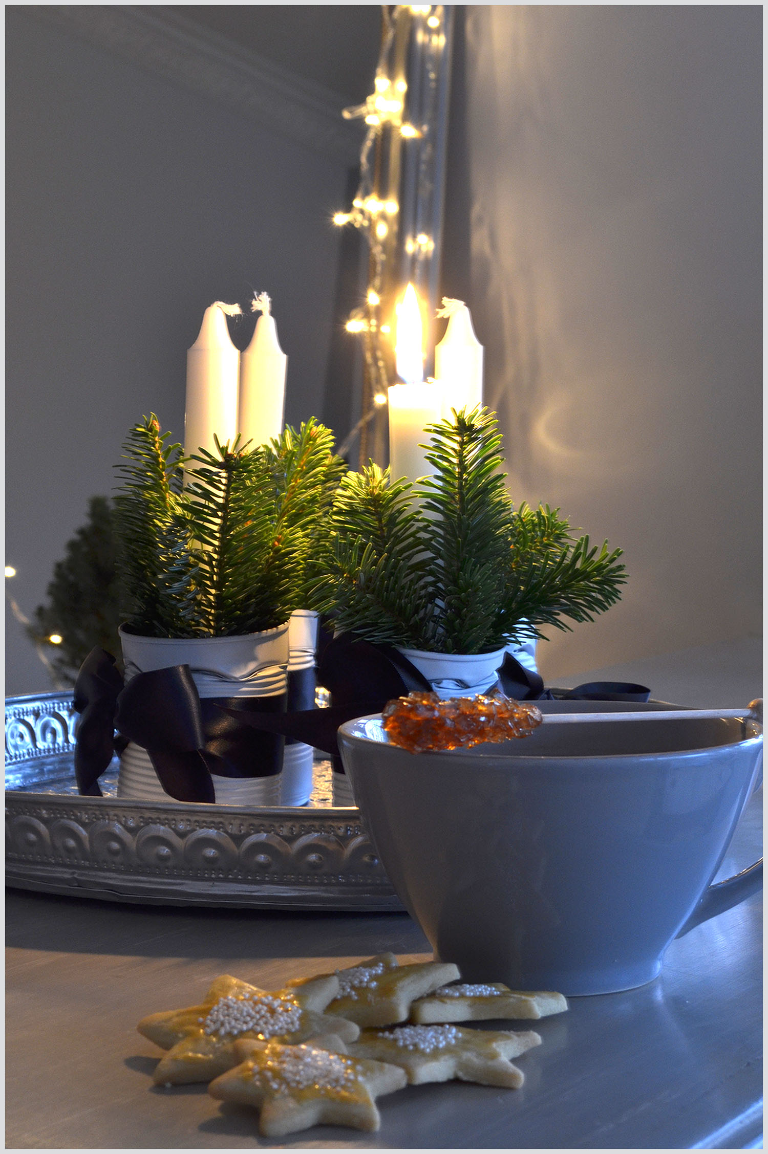 Advent Tea and biscuits