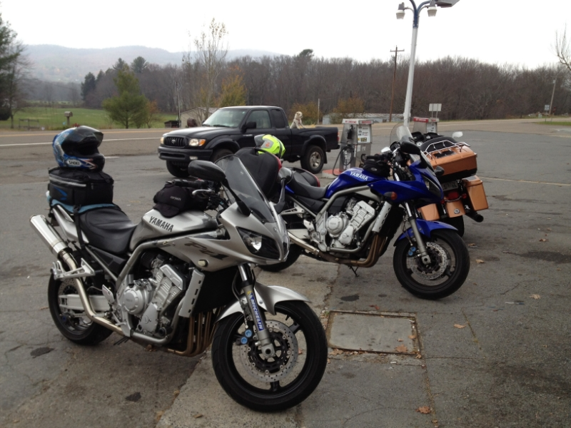The Yamaha FZ1's hanging out in the parking lot.
