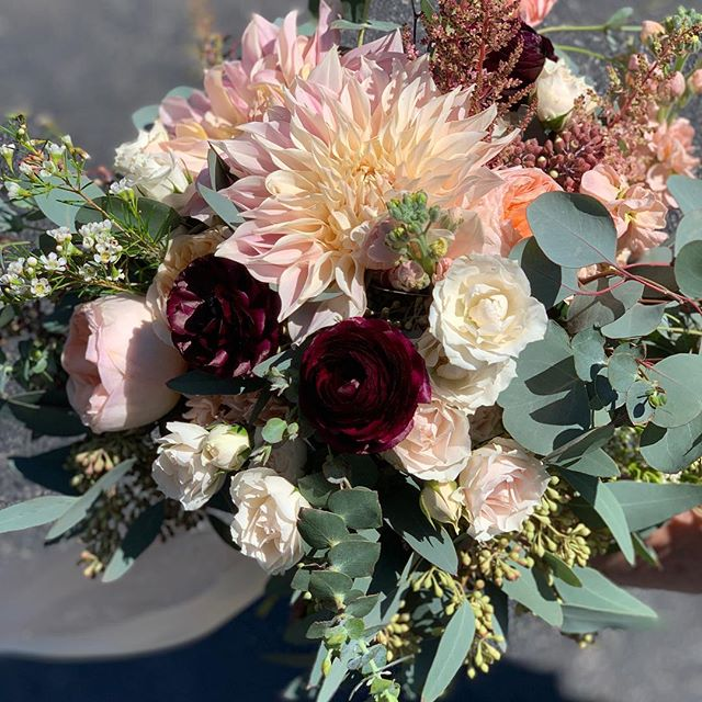 Beautiful wedding from yesterday! It was such a gorgeous day outside and these blush dahlias were amazing!