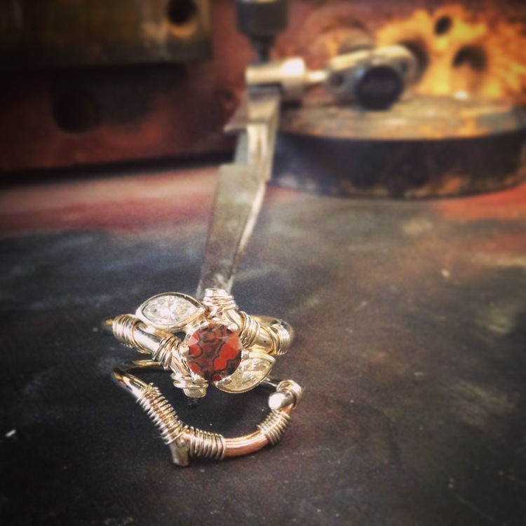 White and Rose gold wedding set, featuring a jasper and diamonds.