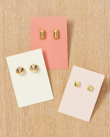 studded-earrings-wld109036_vert.jpg