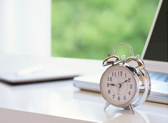 T A K E C O N T R O L A D H D     Three Important Strategies to Being on Time — Plus a Daily Schedule!