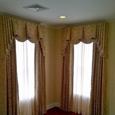 full curtains.jpg