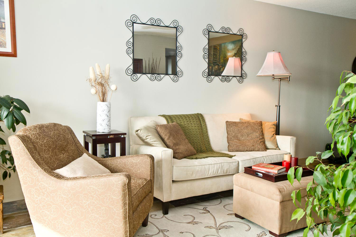 Real-Estate-Photography-Living-Room-2-1500x1000.jpg