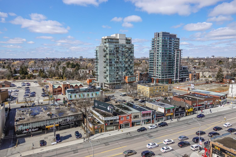 26 Norton Ave Toronto-12.jpg