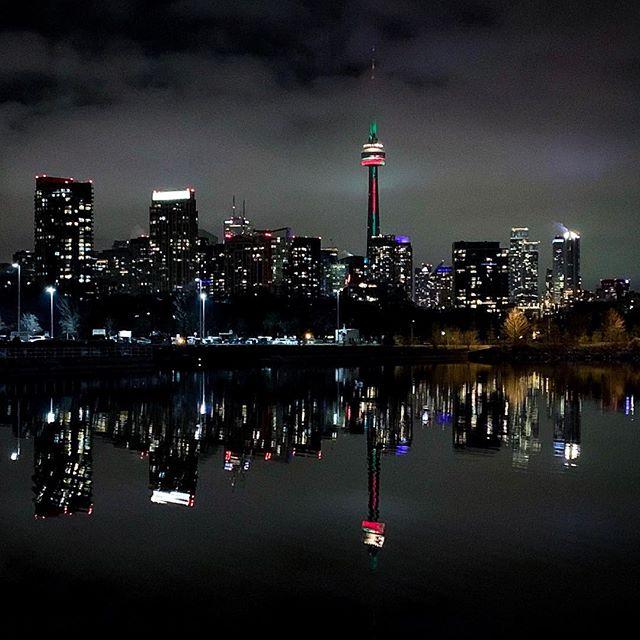 Beautiful Toronto at night