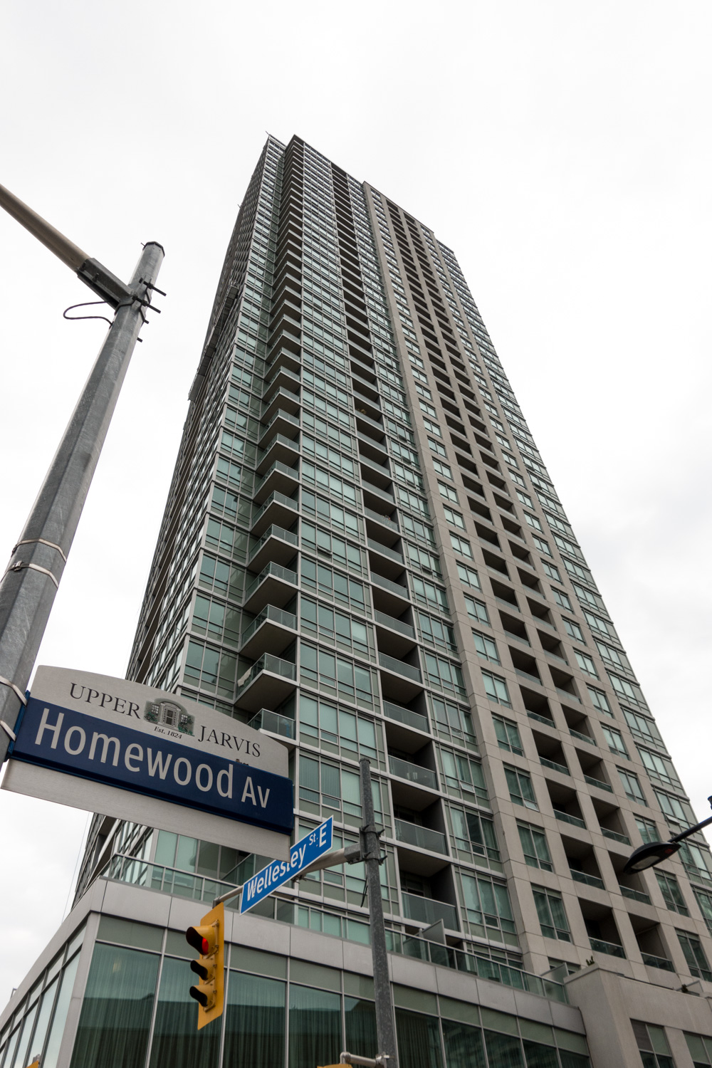 120 Homewood Ave Toronto (15 of 16).jpg
