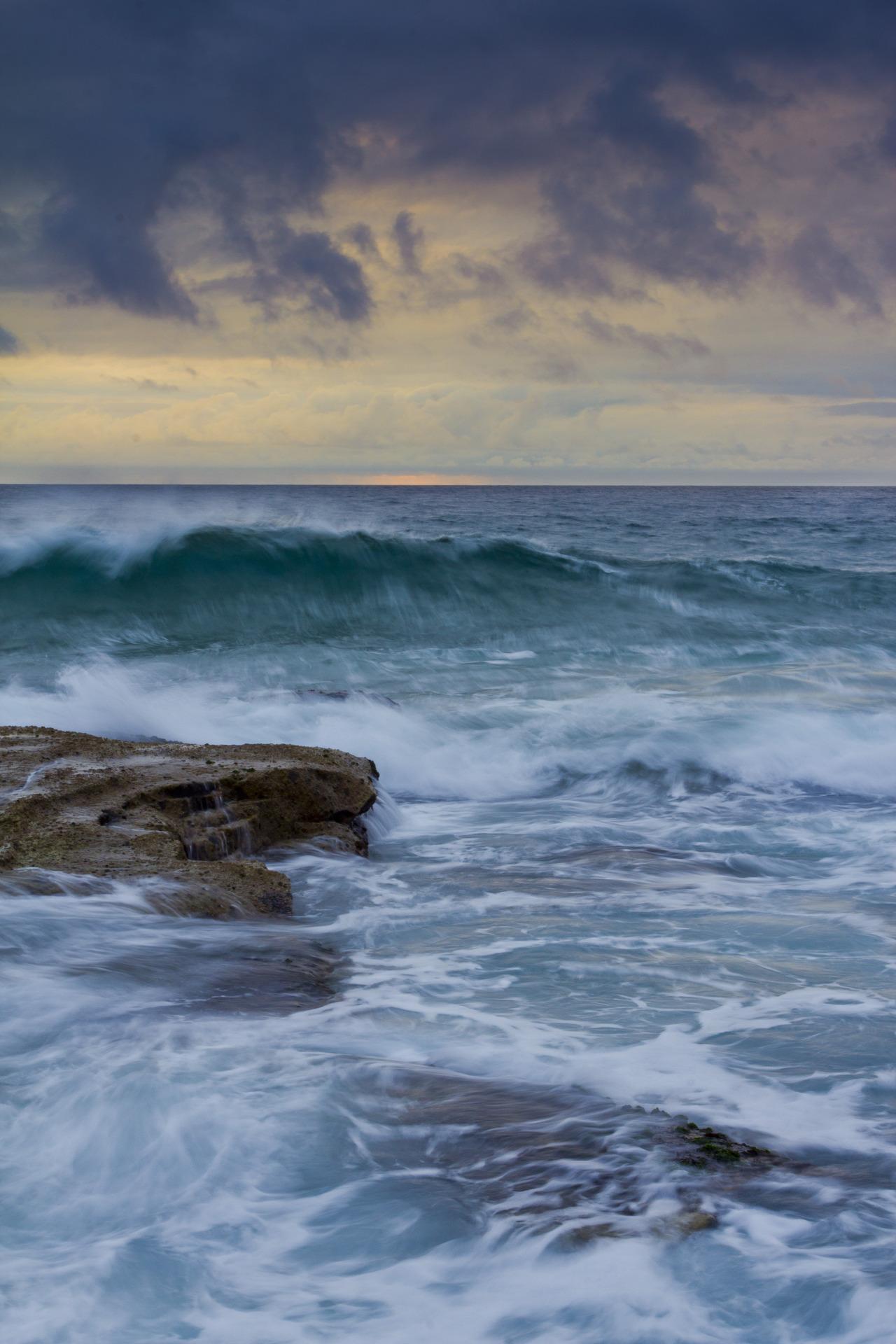 Turbulent Ocean - Curl Curl, NSW