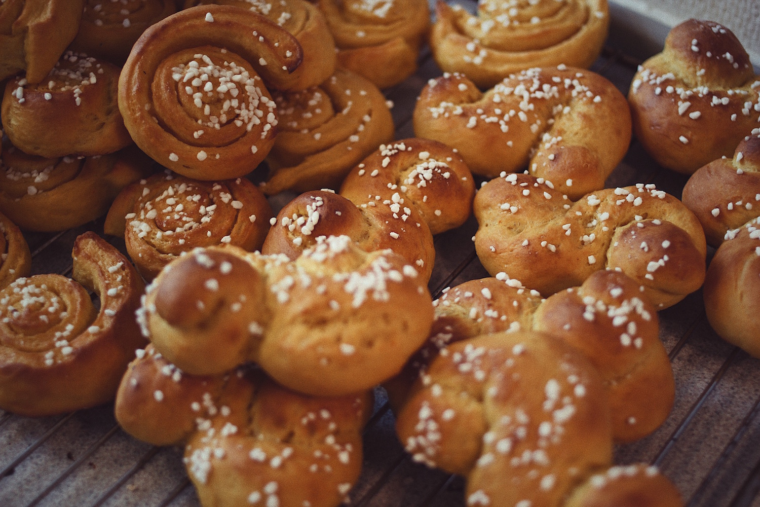 Need a good recipe for Swedish lussekatter? Write us a comment and we'll send it over.