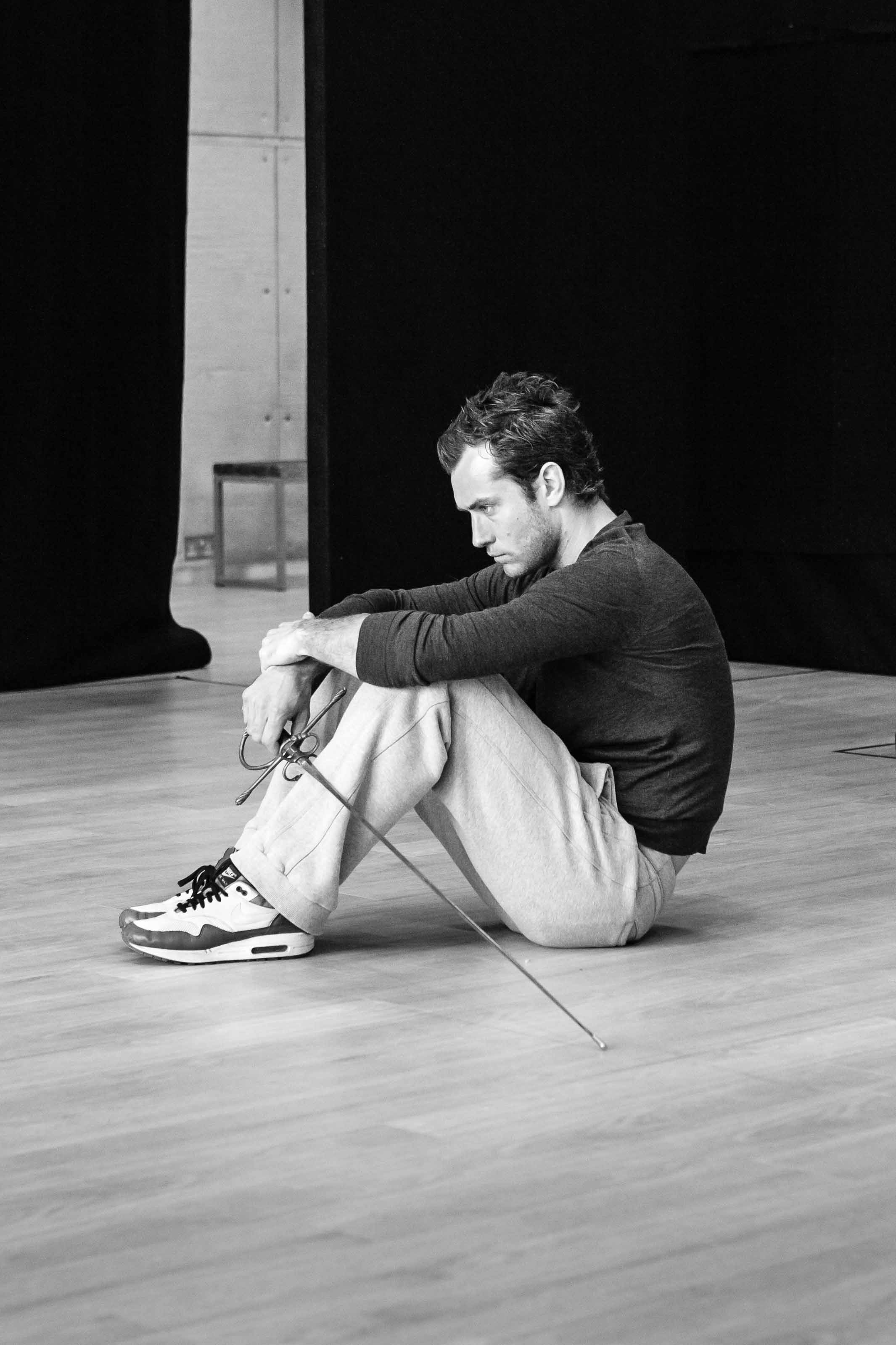 Hamlet • Wyndham's Theatre • Dir. Michael Grandage