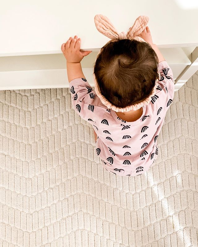 The cutest outfit in the world: a series. No but seriously I'm obsessed with V's new set from @indyandpippa.co! From the ⋒ pattern to the softness and oversized fit... it's so cute! Wish they came in mama sizes. 🌈 • • • #cutie #babygirl #girlsclothing #girlclothes #shopsmall #babystuff #shopsmallbusiness #shopsmalllove #pretty #outfit #ootd #babystyle #babyfashion #mygirl