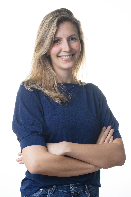 Anna-Lena POLAK   10. Semester Zahnmedizin  Vorsitzende der Studienvertretung Zahnmedizin  (ehem. 1. stv. Vorsitzende der ÖH)