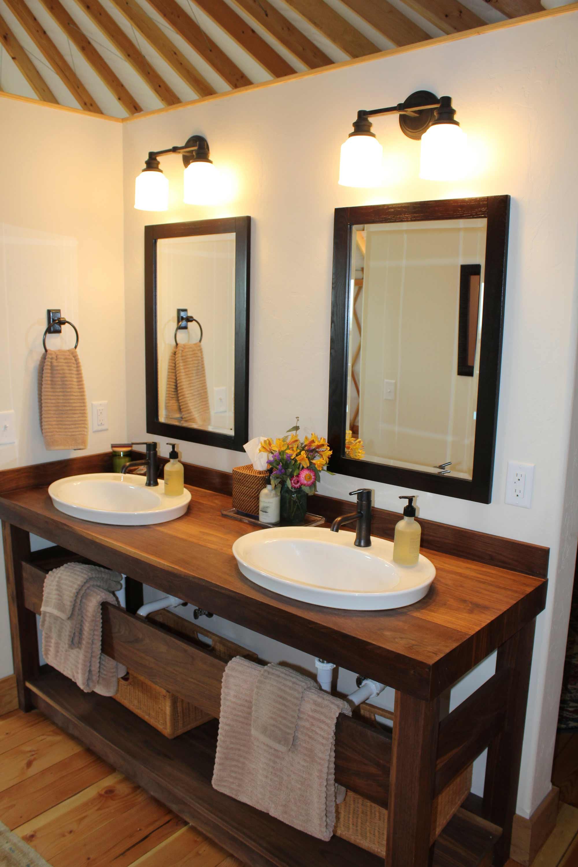 #7-Bath-vanity-web.jpg