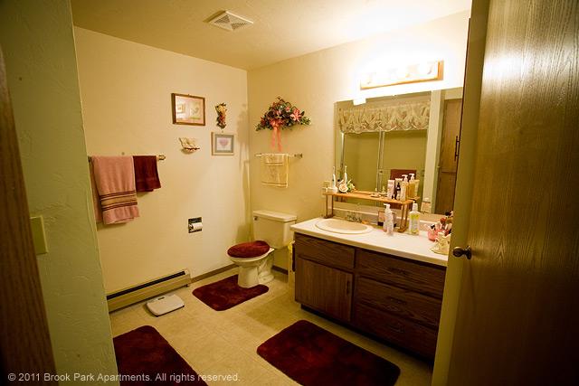 2C-bathroom.jpg