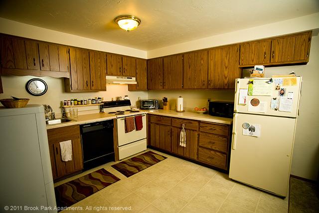 2C-kitchen.jpg