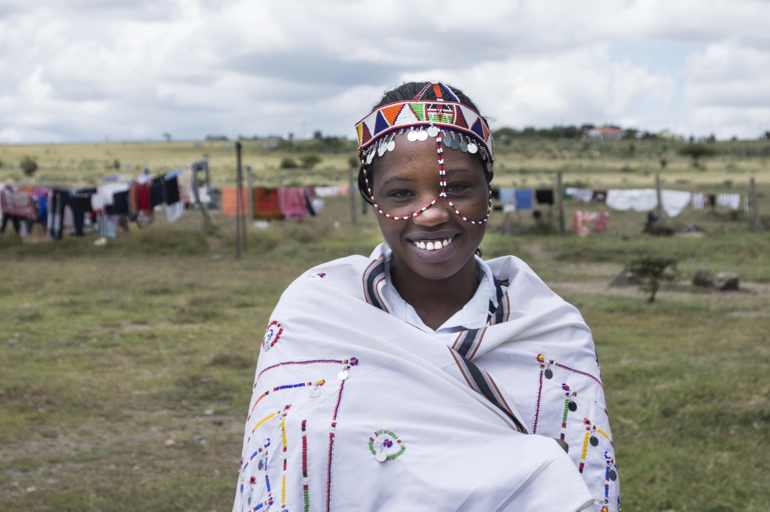 Temba head dress.jpg