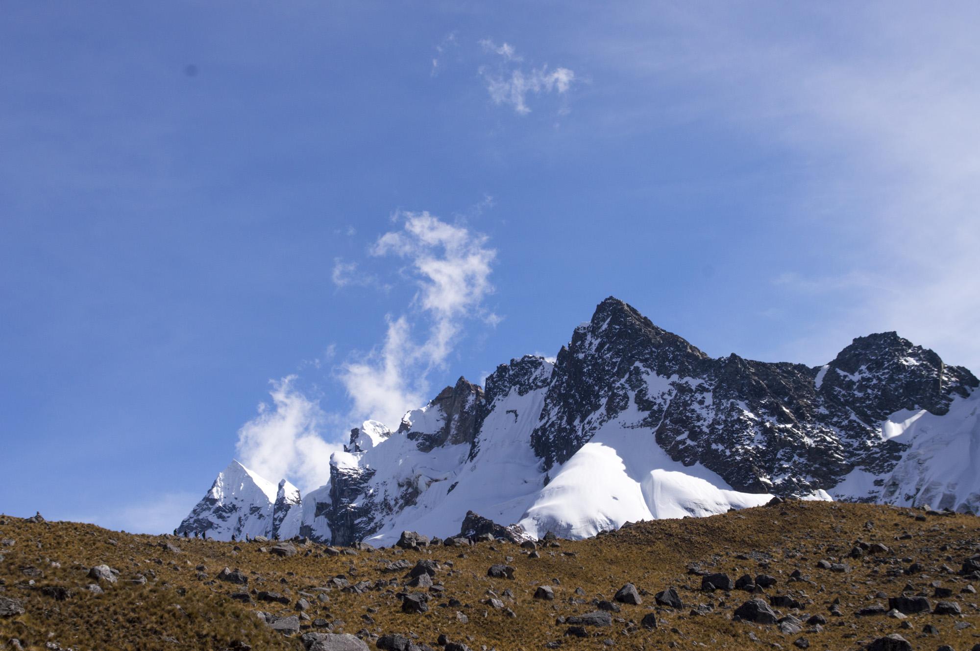 Inca 2 salcantay blue sky.jpg