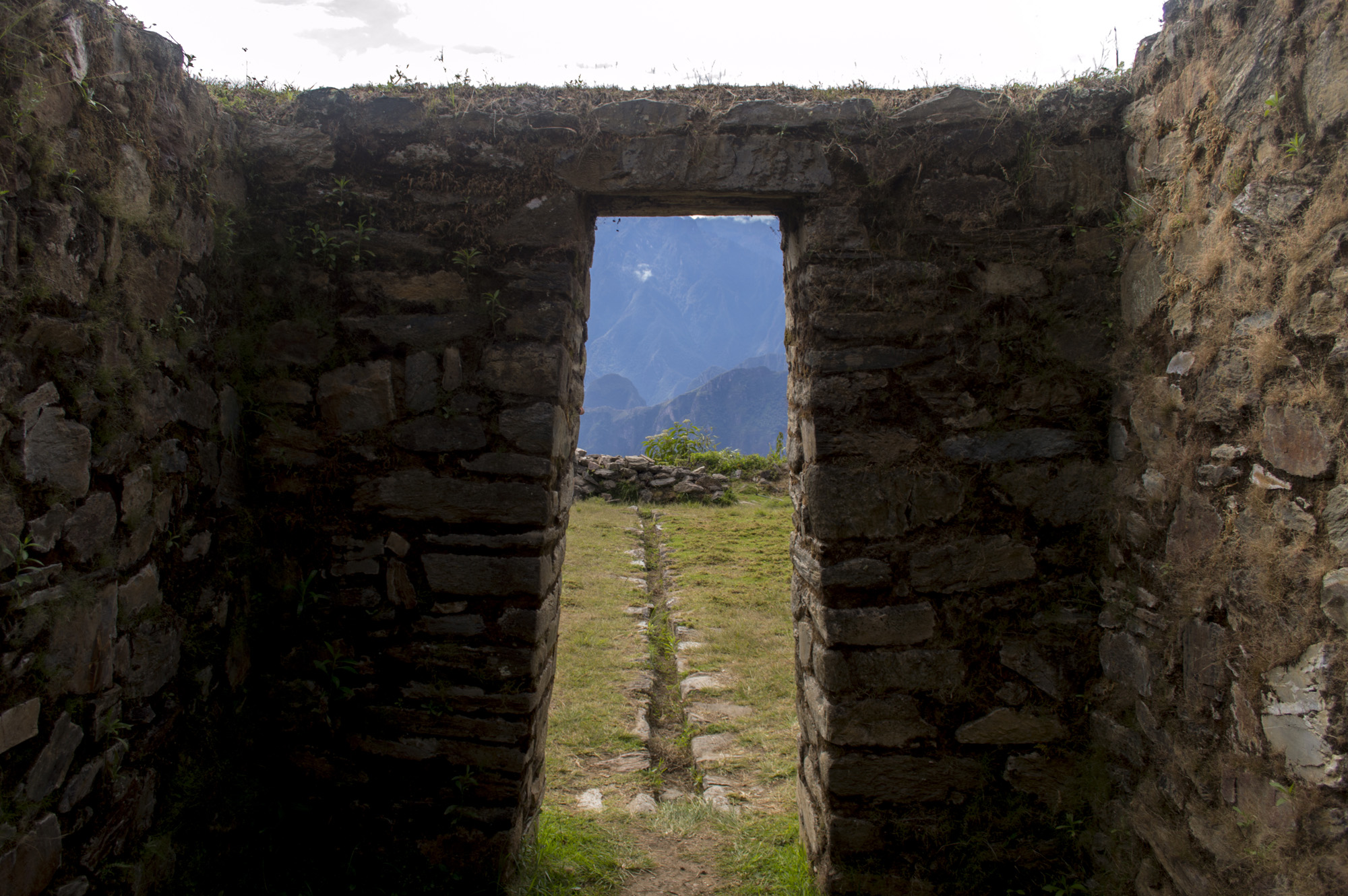 Inca 4 ruins on near back view of MP.jpg