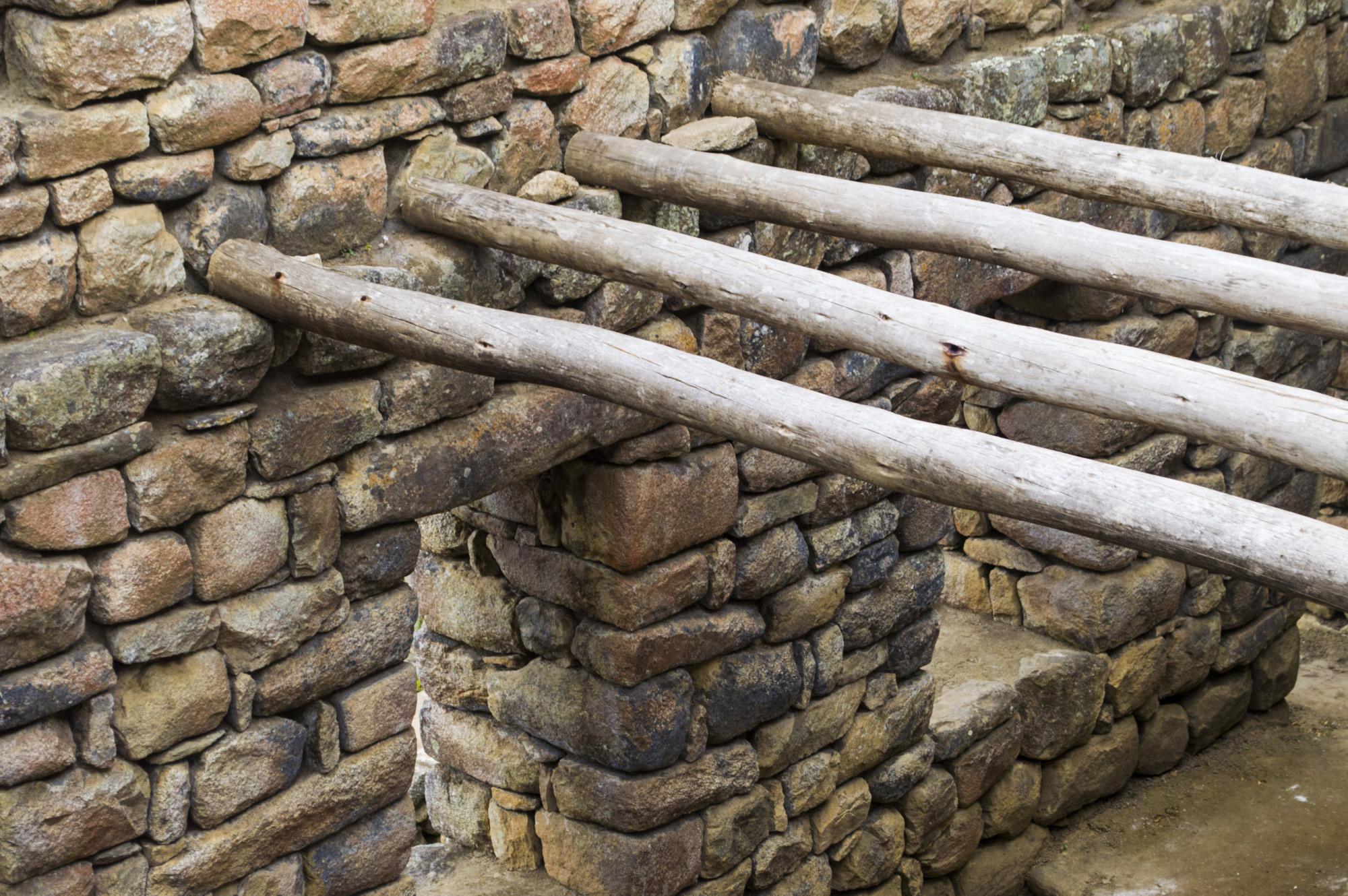 Inca 5 ruin construction.jpg