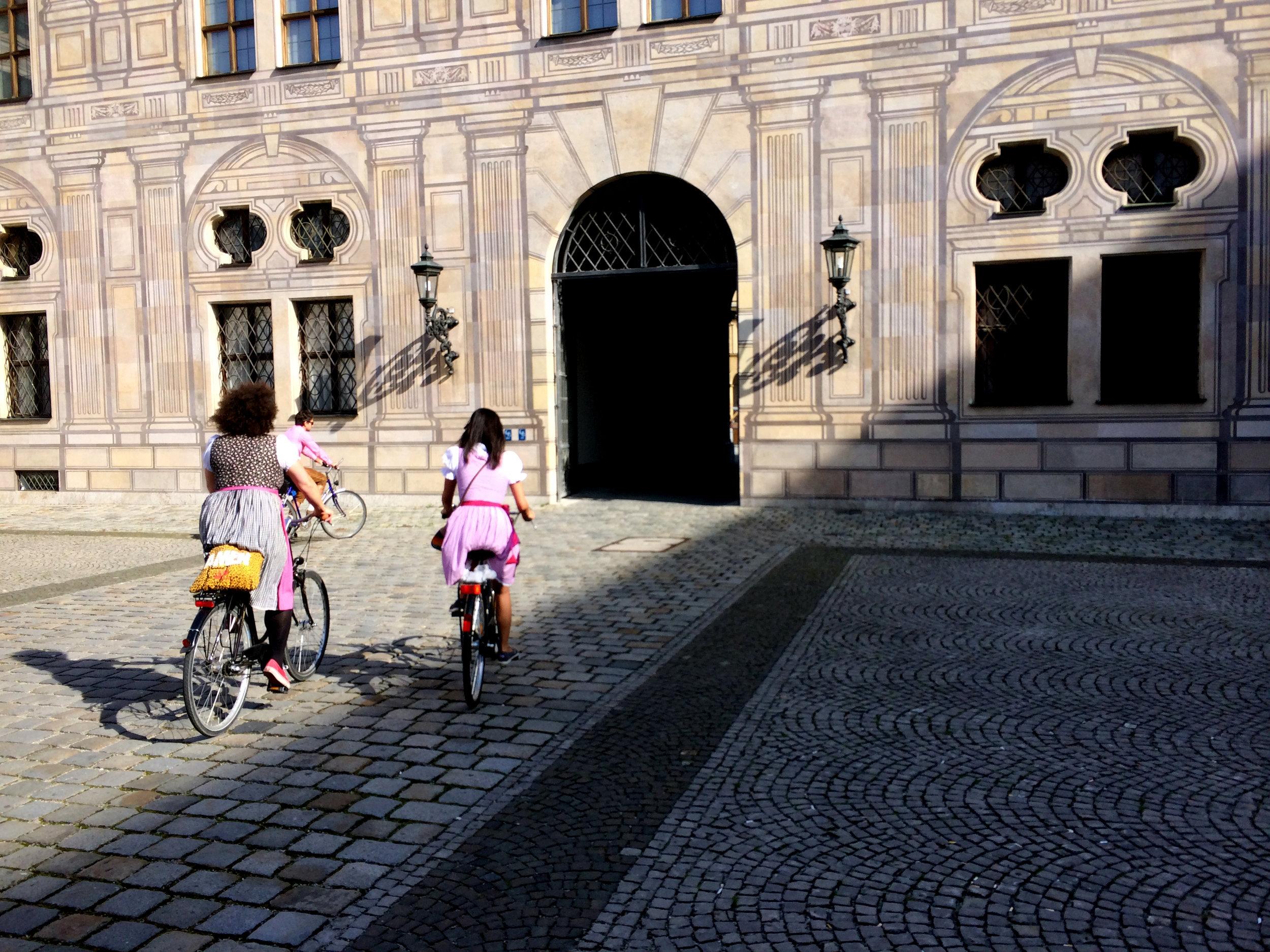 DAY 4:SUNDAY FUNDAY DEUTSCHLAND STYLE - MUNICH, GERMANYApprox 3 hours biking