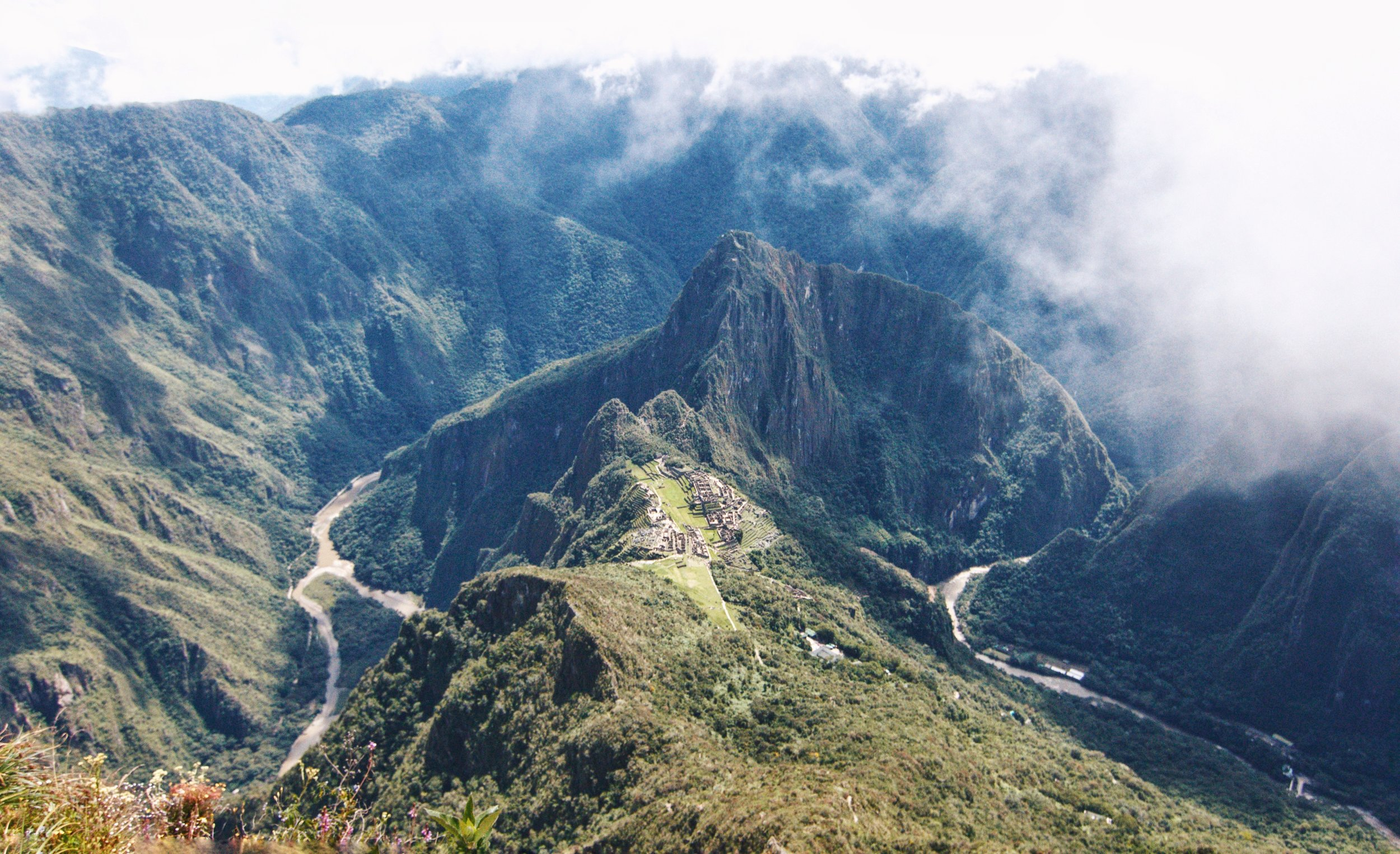 DAY 6:DISCOVERTHE LOST CITY - AGUAS CALIENTES to MACHU PICCHU to CUSCOElevation: 2,050 - 2,430 - 3,400 m