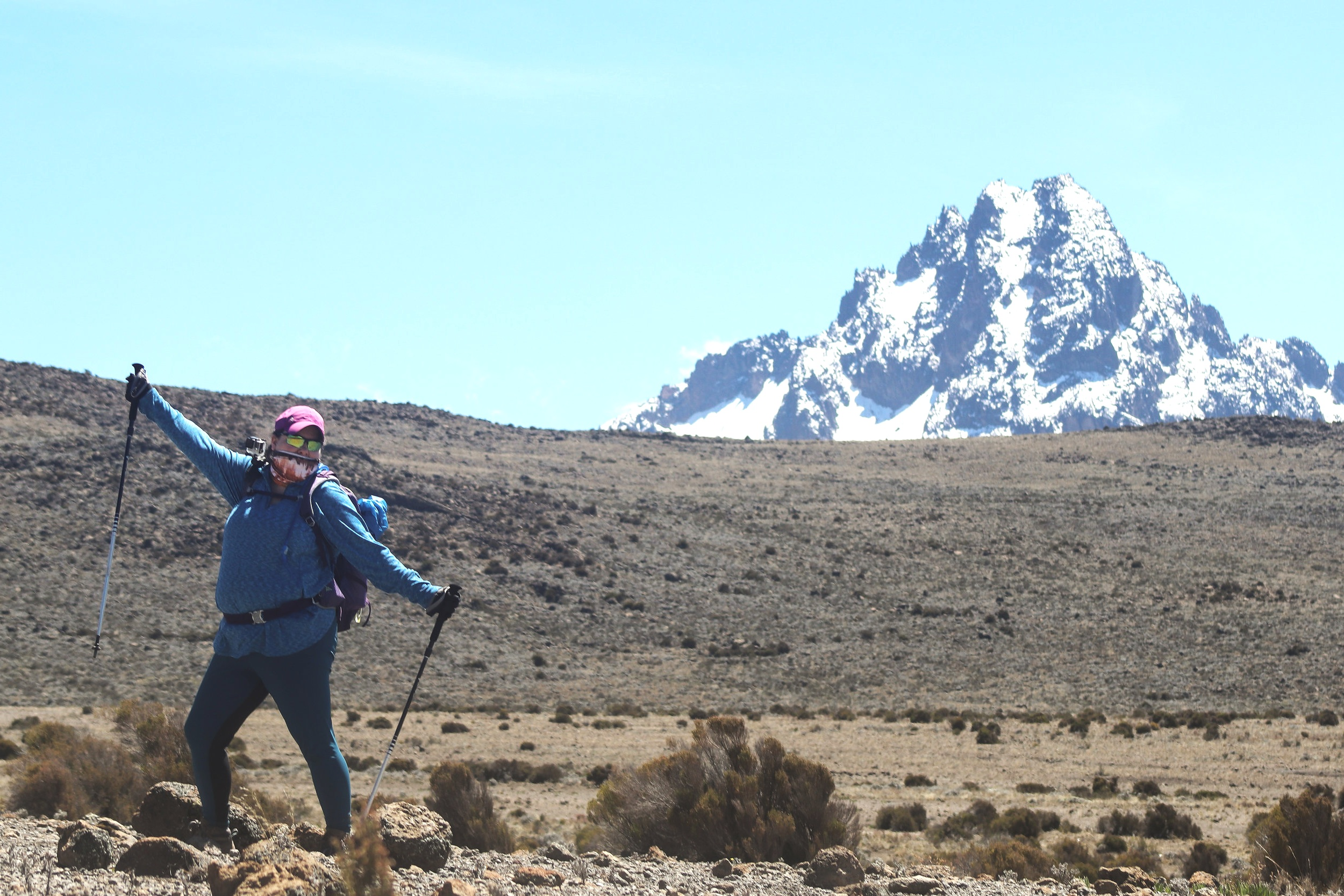 DAY 5:TAKE IT EASY - THIRD CAVE ACCLIMATIZATION DAYElevation: 3,800 - 4,330 - 3,800 mHiking Time: 4 - 5 hoursDistance: 6 km