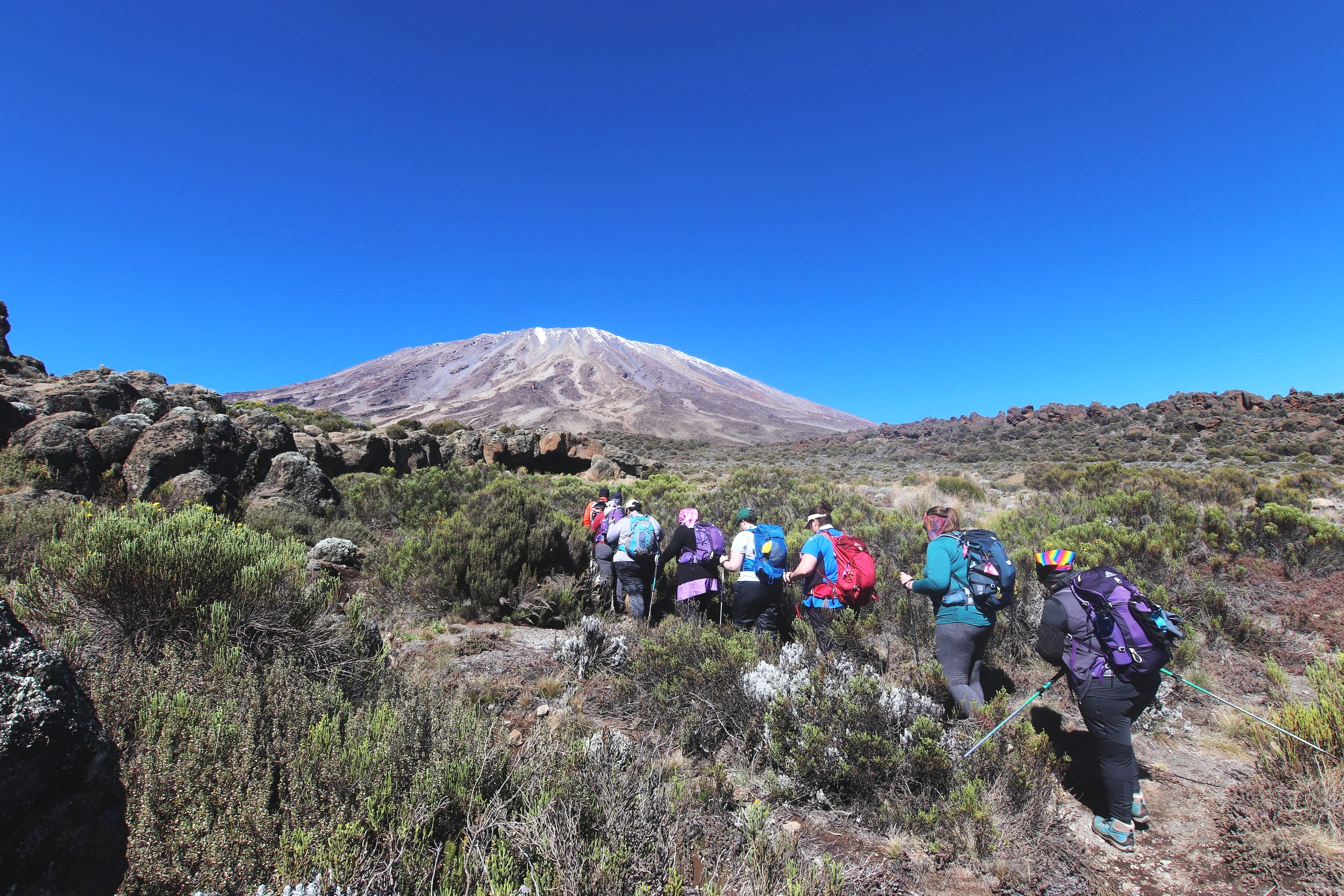 DAY 4:TIME TOACCLIMATIZE - SECOND CAVE to THIRD CAVEElevation: 3,450 - 3,800 mHiking Time: 4 - 5 hoursDistance: 3 km