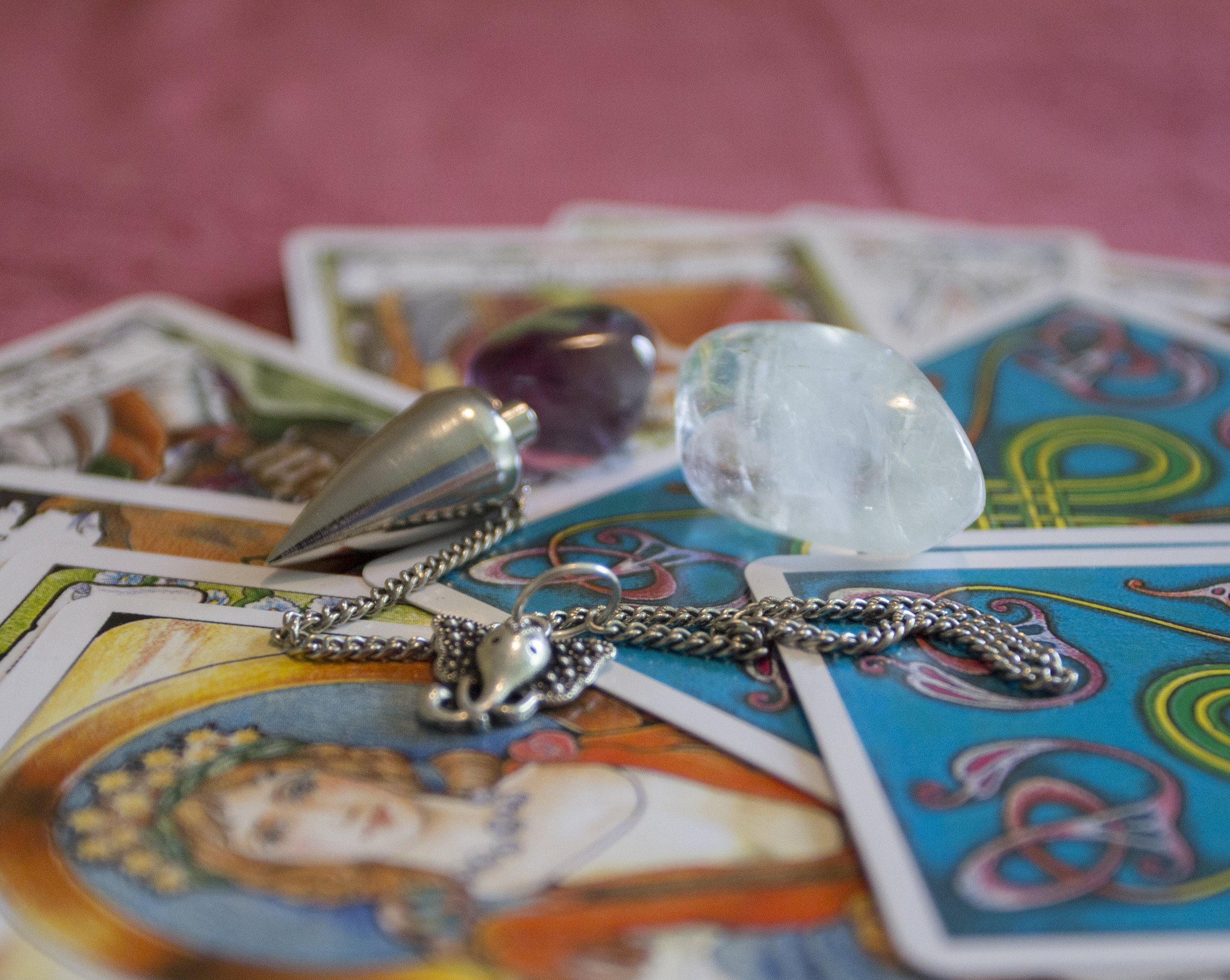 intuitive-card-readings-withSarahKelly.jpg