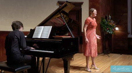 Soprano Samantha Clarke performing at the 2017 AMF Finals at Wigmore Hall with pianist Dominic Degavino