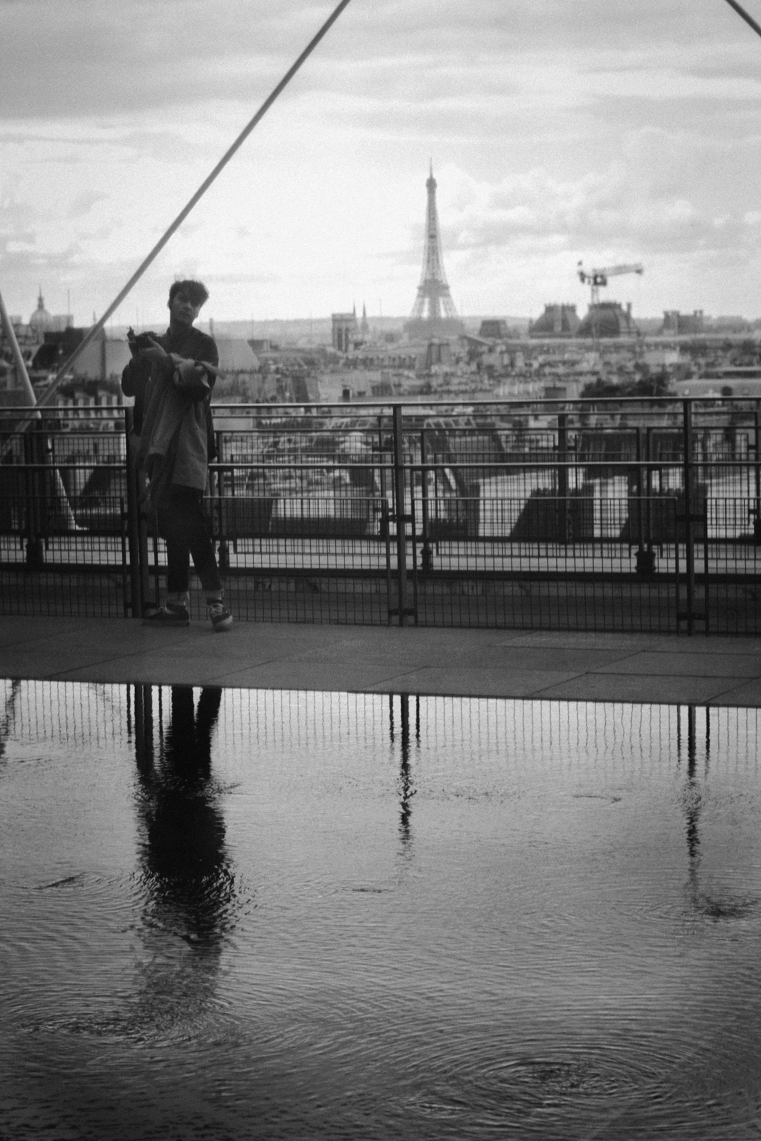 smoker in Paris.jpg