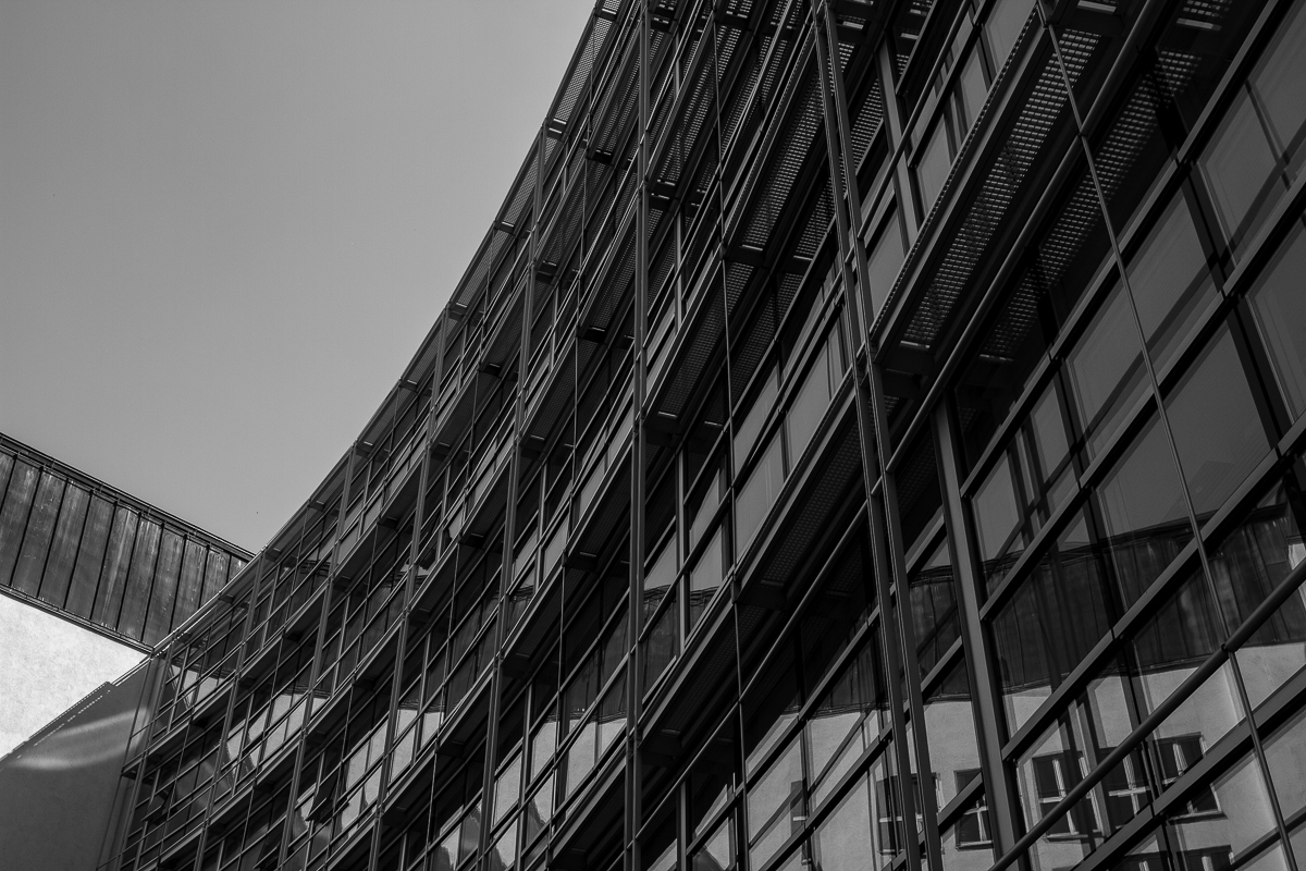 Projective Space Series by Liam Philley (liamphilley.com) -- munich curved building.jpg