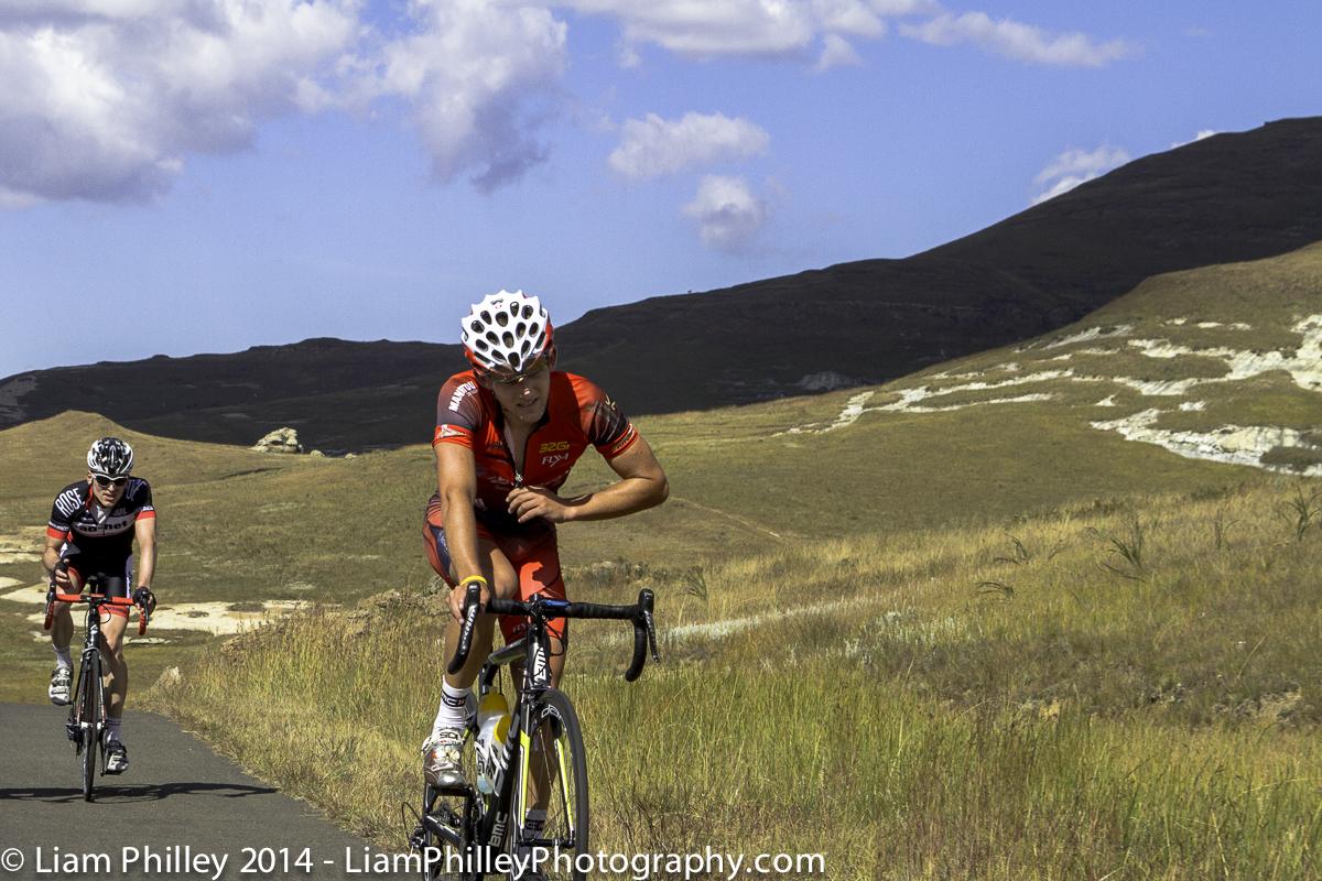 BMC Westvaal Kevin Patten unzipping jersey on Stage 2 cat 2 climb.jpg