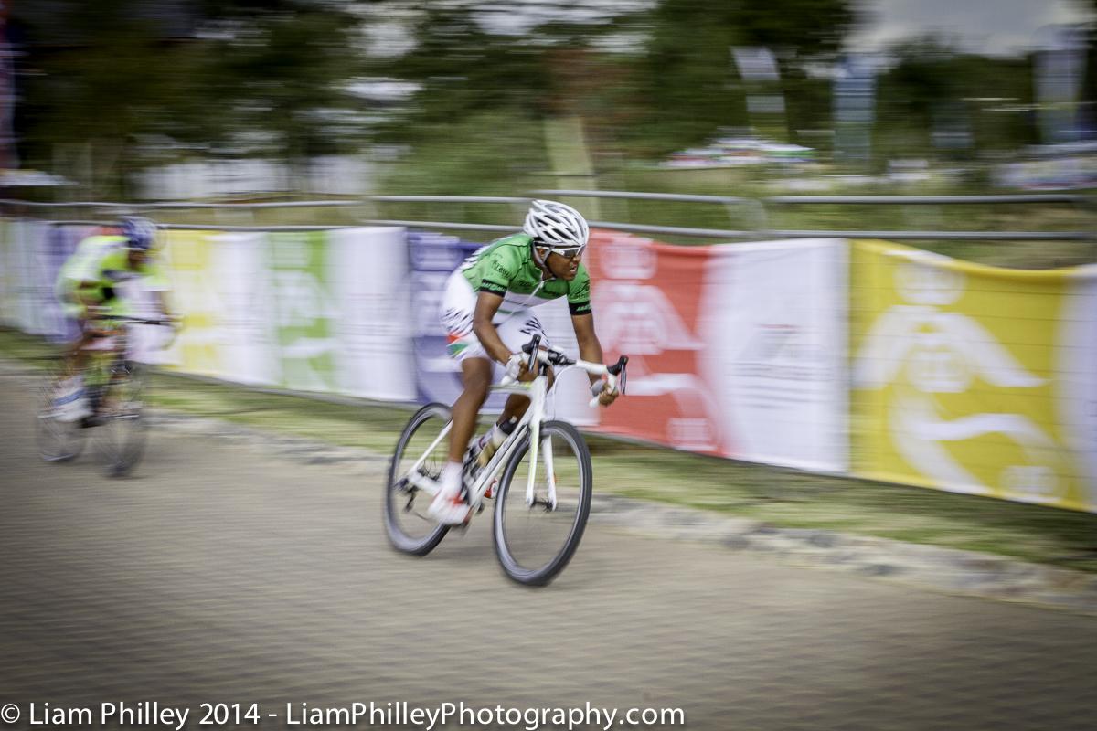 Hoffman cornering at Mzansi Tour Crit.jpg