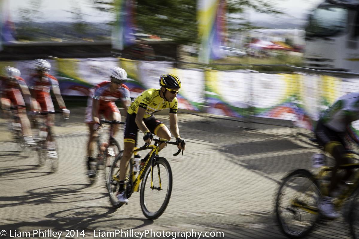 MTN - Jacques Van Rensurg - yellow jersey respect at crit_.jpg