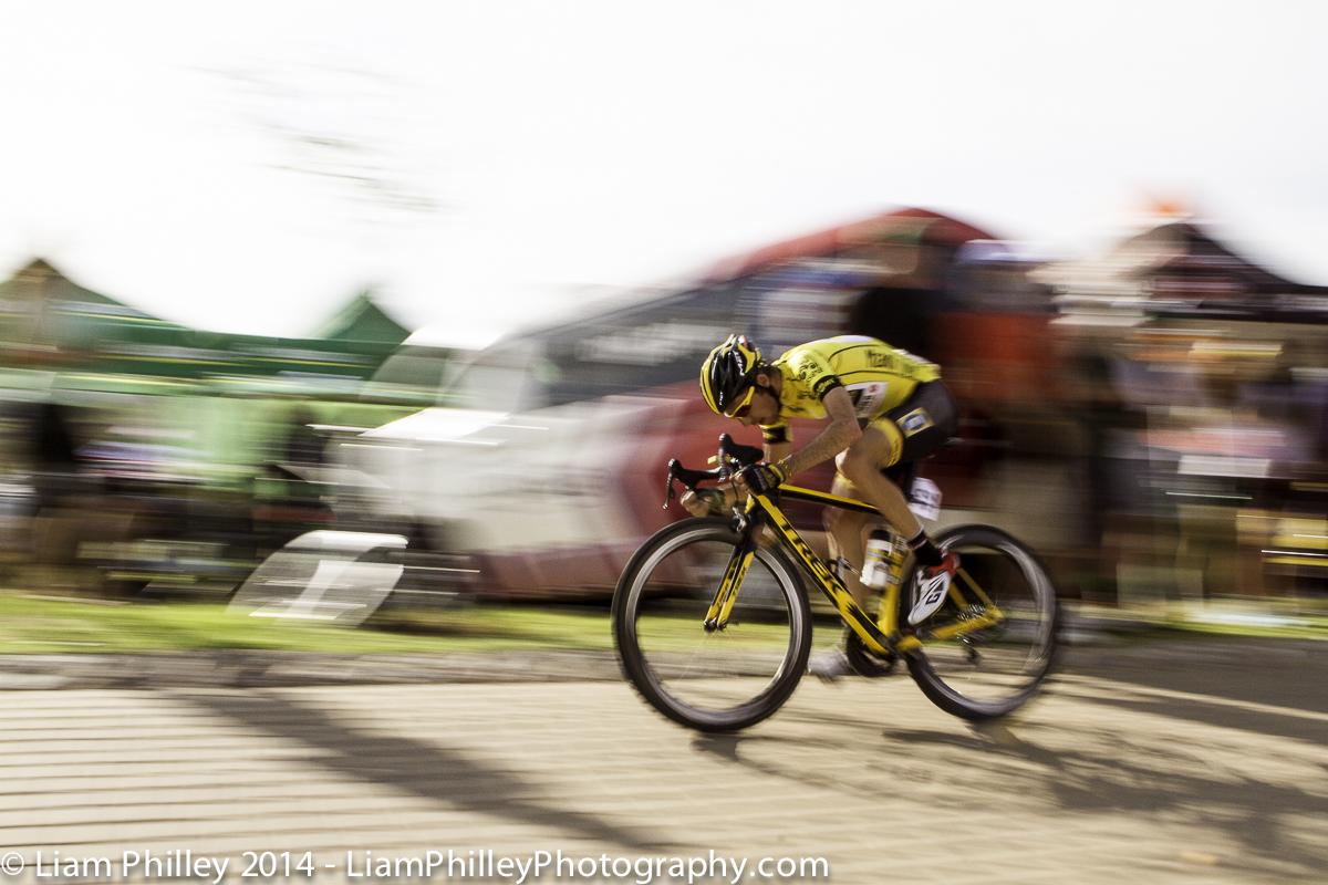 MTN Jacques Van Rensburg - head down at the crit.jpg
