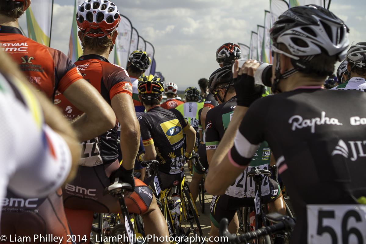teams at start line of crit-2.jpg