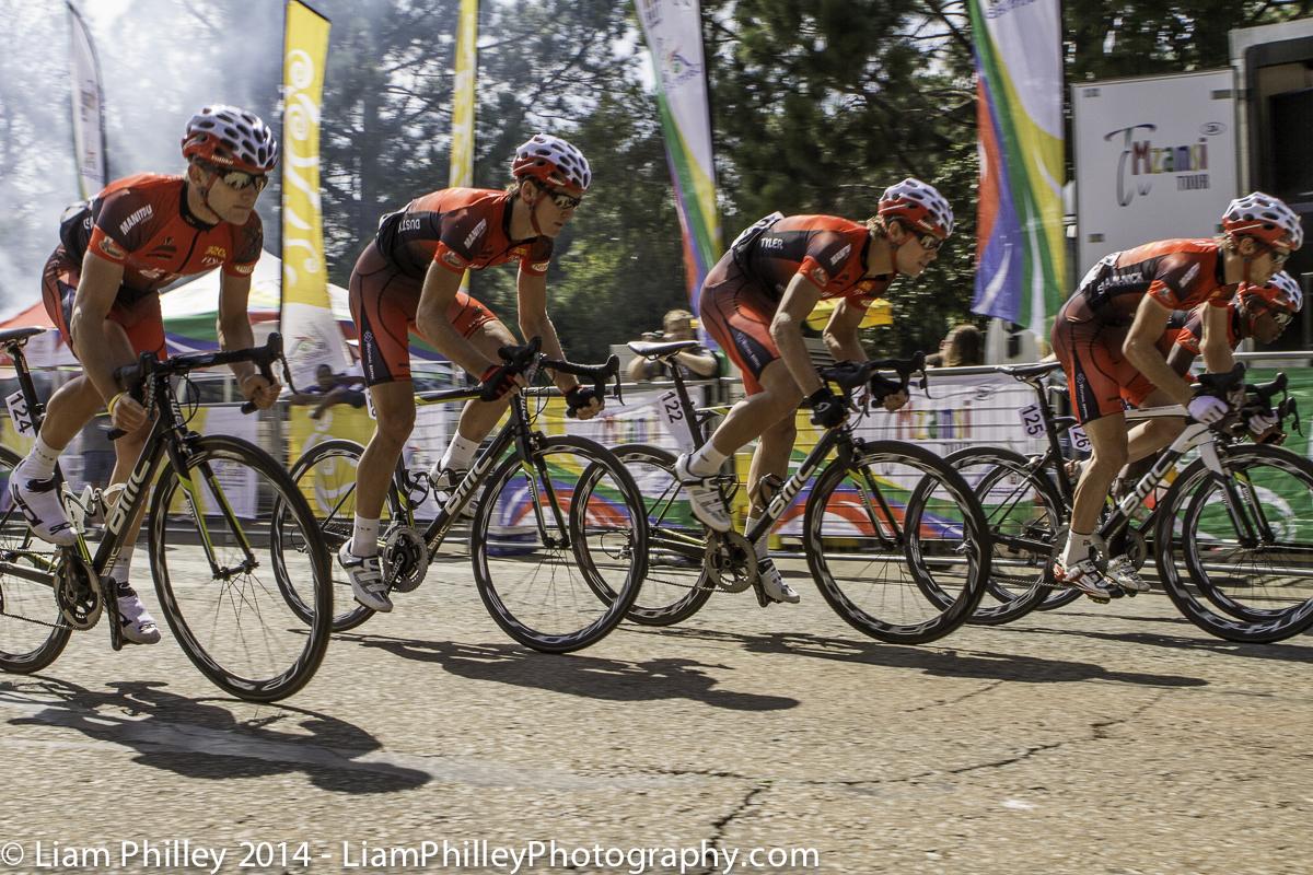 Team Westvaal-BMC TTT start.jpg