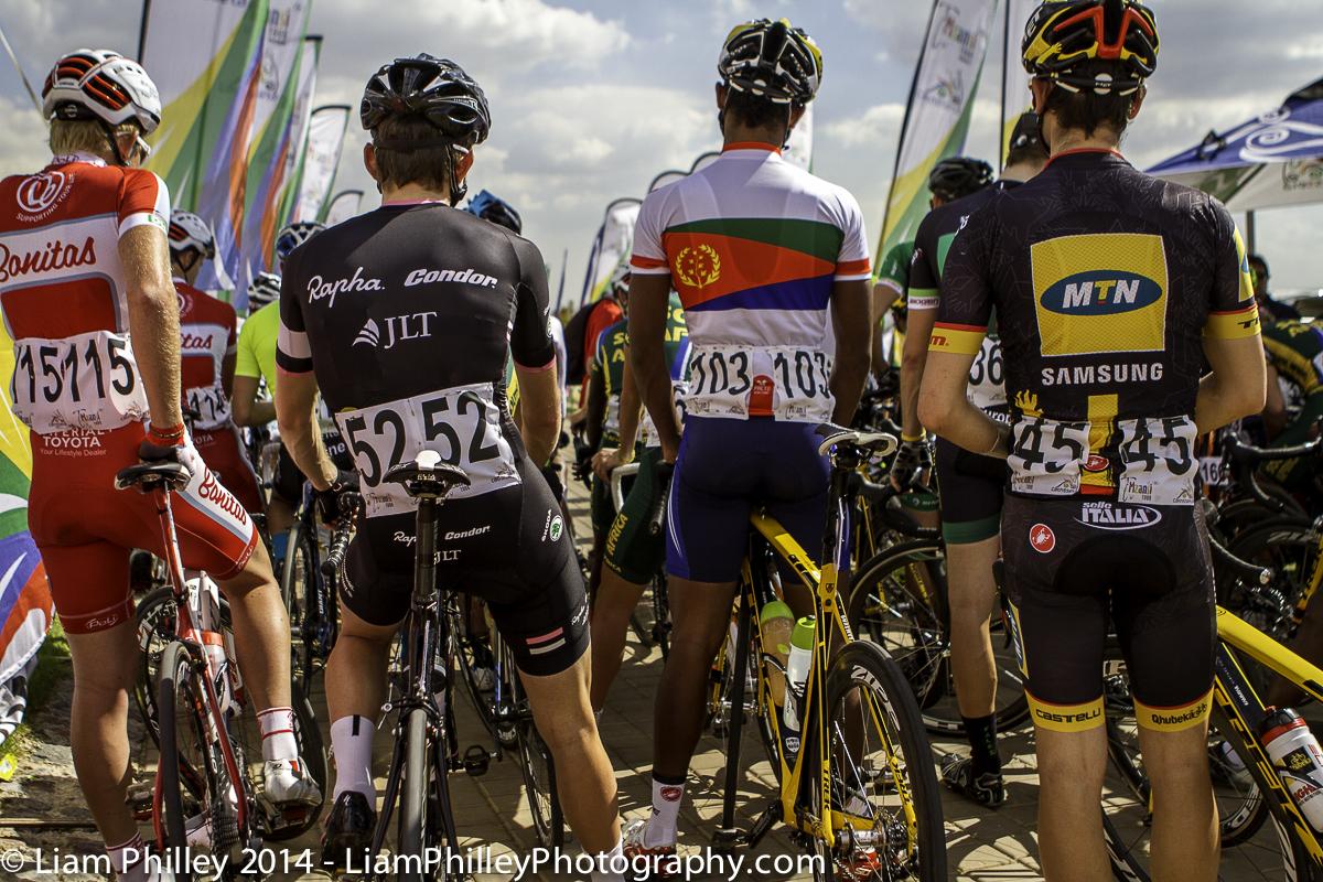 teams at start line of crit.jpg