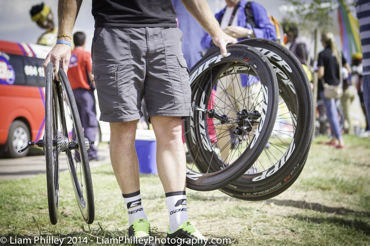 zipp wheels in hand.jpg