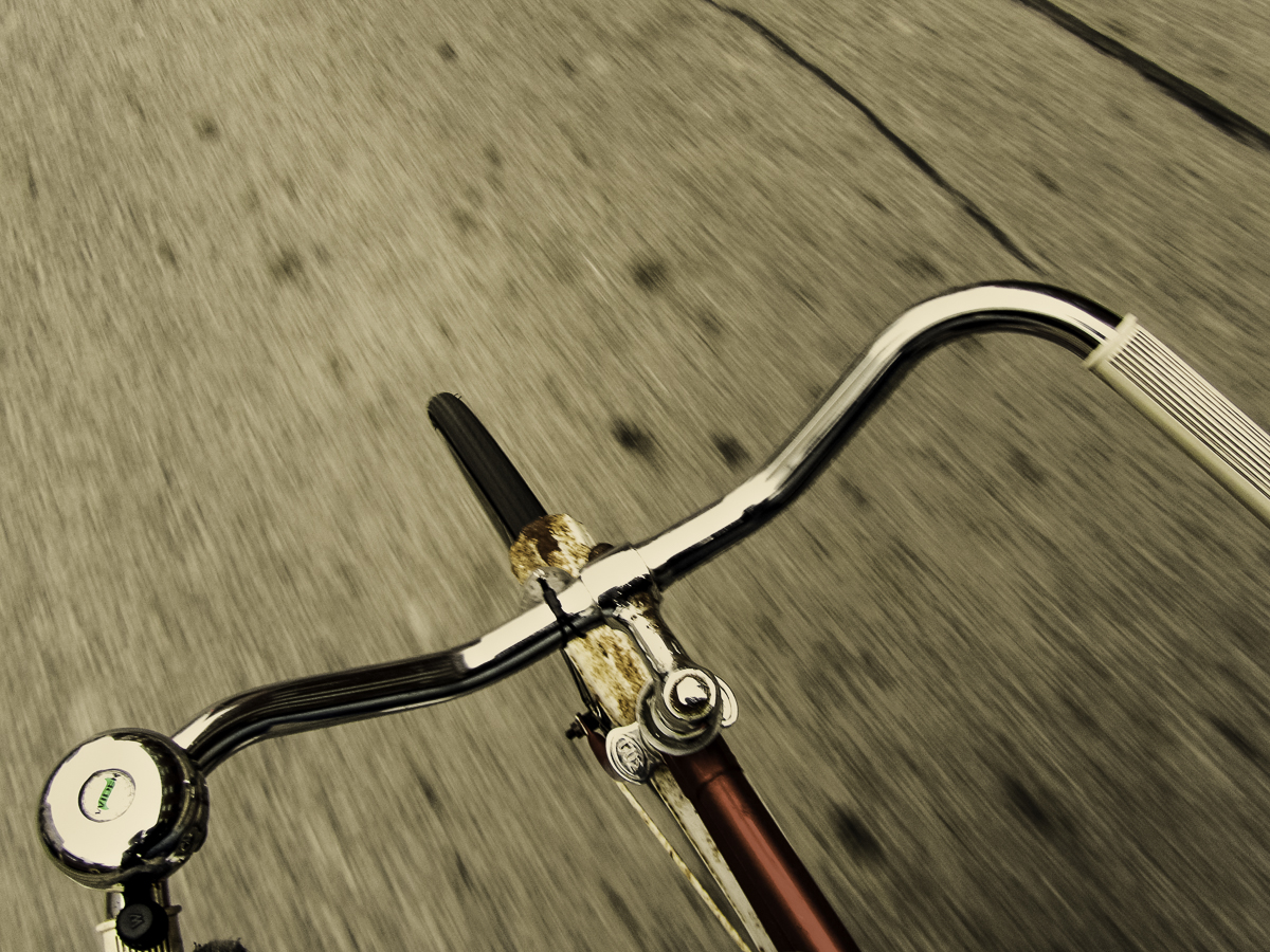 cycling unposed by Liam Philley - 01.jpg