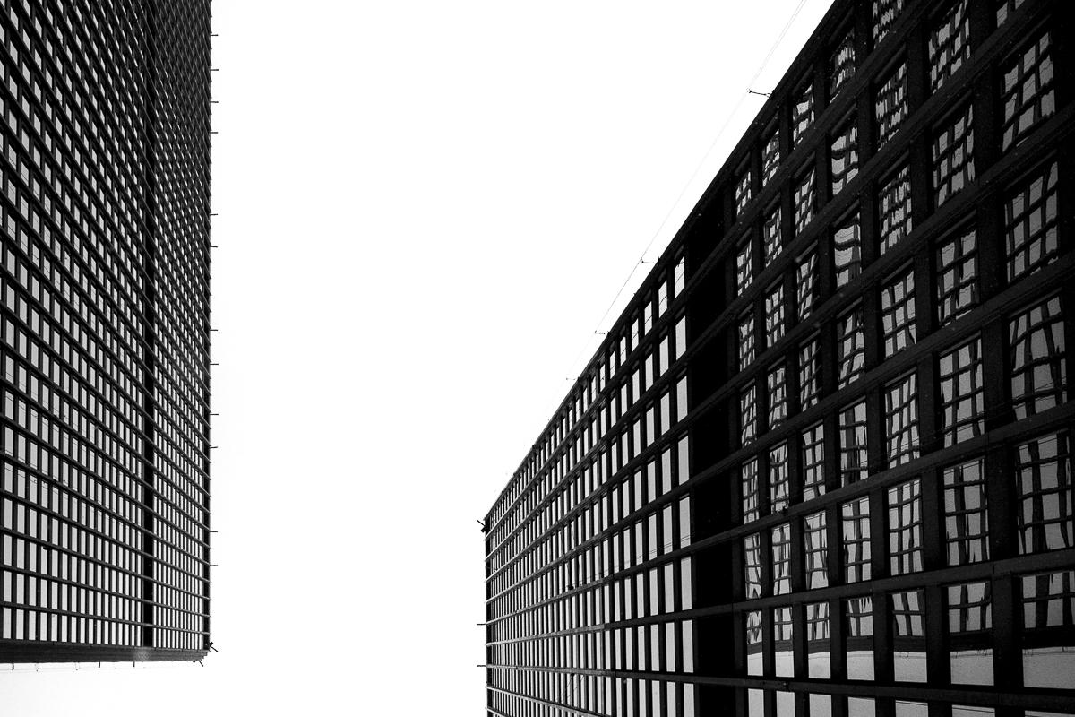 Mies van der Rohe by Liam Philley (13 of 16).jpg